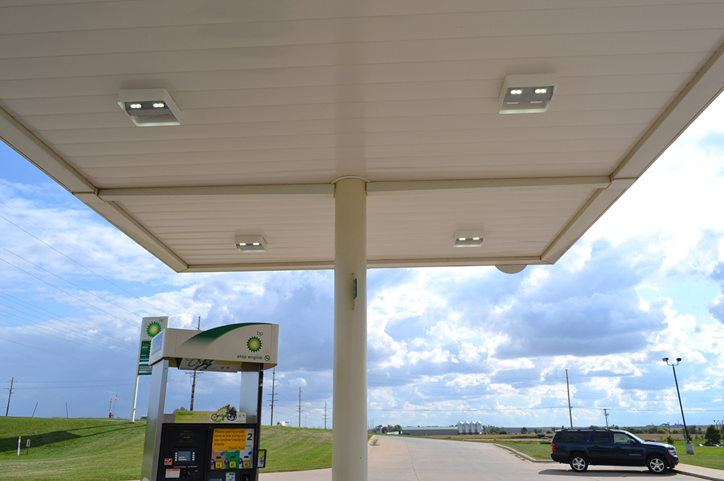 ... Colorado ActiveLED Petroleum Canopy Light & ActiveLED Canopy Lighting and Canopy Lighting Systems - Product Overview